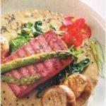 salmón tofu con espinacas
